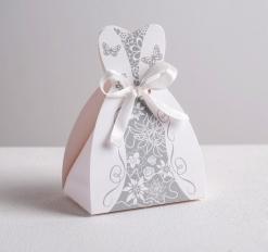 Бонбоньерка свадебная «Платье невесты», 6.6 * 9.6 см