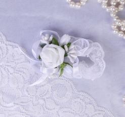 Повязка на руку для подружек невесты «Роза», на резинке, белая