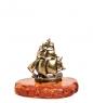 AM- 352 Фигурка  Кораблик   латунь, янтарь