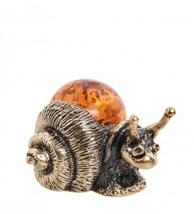 AM- 584 Фигурка  Улитка   латунь, янтарь