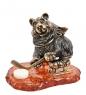AM- 442 Фигурка  Медведь хоккеист   латунь, янтарь
