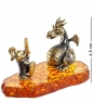 AM- 533 Фигурка  Рыцарь с драконом   латунь, янтарь