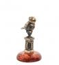 AM- 616 Фигурка  Чижик-пыжик на подставке   латунь, янтарь