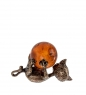 AM- 379 Фигурка  Кошечка игривая   латунь, янтарь