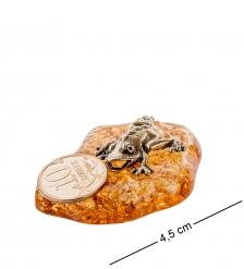 AM- 429 Фигурка  Лягушка с монеткой   латунь, янтарь