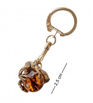 AM- 051 Брелок  Лягушка с шаром   латунь, янтарь