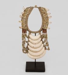 26-009 Ожерелье аборигена  Папуа