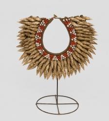 26-016 Ожерелье аборигена  Папуа