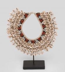 27-002 Ожерелье аборигена  Папуа