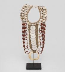 27-009 Ожерелье аборигена  Папуа