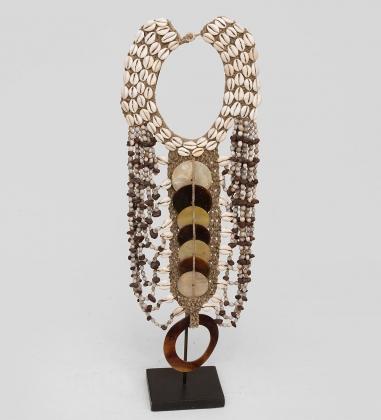 27-010 Ожерелье аборигена  Папуа
