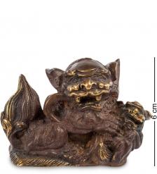 24-009 Фигура  Лев с шаром  бронза  о.Бали