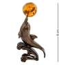 AM- 266 Фигурка  Дельфин с шаром   латунь, янтарь