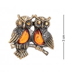 AM- 690 Фигурка-брошь  Совушки на ветке   латунь, янтарь