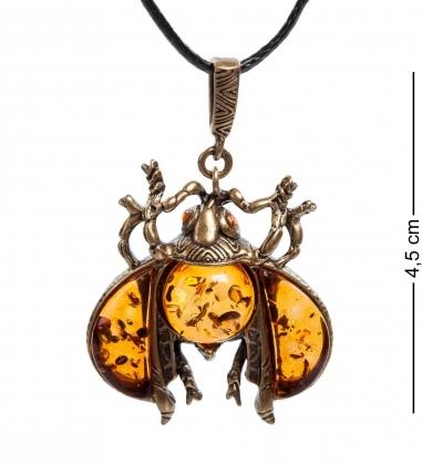 AM- 716 Подвеска  Жук майский   латунь, янтарь
