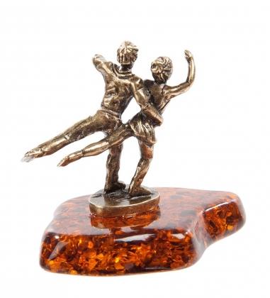 AM- 762 Фигурка  Фигуристы   латунь, янтарь