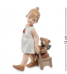 CMS-12/21 Фигурка  Девочка с медвежонком   Pavone