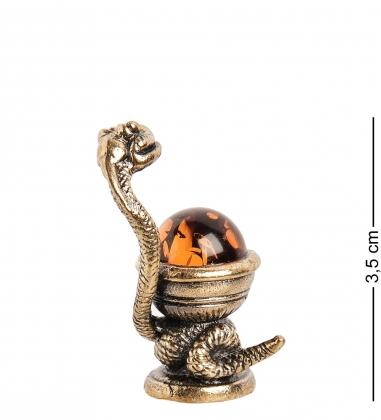AM- 785 Фигурка  Змея с кубком   латунь, янтарь