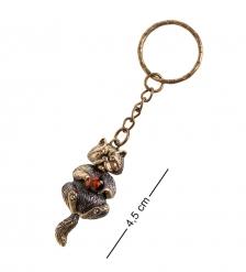 AM- 832 Брелок «Кот с шариком»  латунь, янтарь