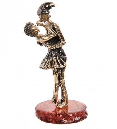 AM- 963 Фигурка  Буратино и Мальвина   латунь, янтарь