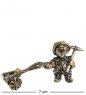 AM- 974 Фигурка  Гном с тележкой   латунь, янтарь