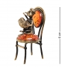 AM-1036 Фигурка  Кот с гармошкой на стуле   латунь, янтарь