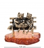 AM-1054 Фигурка  Коты Пара с котятами   латунь, янтарь
