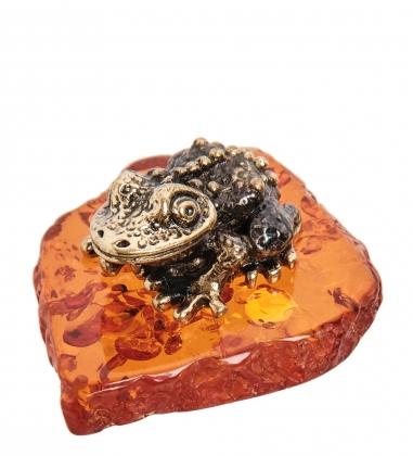 AM-1087 Фигурка  Жаба Киханси   латунь, янтарь