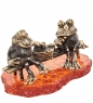 AM-1095 Фигурка  Лягушки-игра в шашки   латунь, янтарь