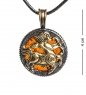 AM-1186 Подвеска  Знак зодиака-Стрелец   латунь, янтарь