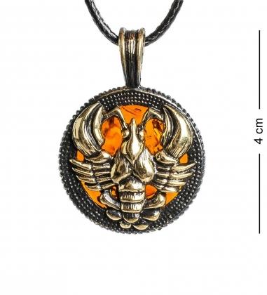 AM-1188 Подвеска  Знак зодиака-Рак   латунь, янтарь