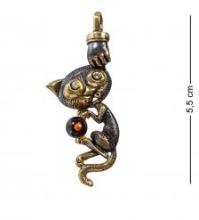 AM-1197 Подвеска «Котенок Проказник»  латунь, янтарь