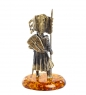 AM-1271 Фигурка  Рыцарь знаменосец   латунь, янтарь