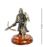 AM-1276 Фигурка  Рыцарь с арбалетом   латунь, янтарь