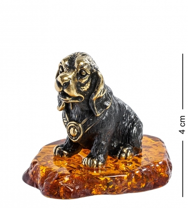 AM-1313 Фигурка  Спаниель в ошейнике   латунь, янтарь
