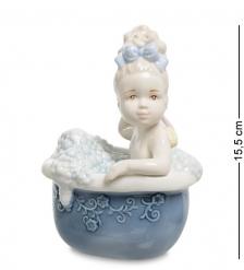 VS-305 Статуэтка  Девочка в ванной