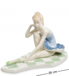 VS-308 Статуэтка  Девочка Балерина
