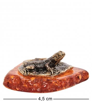 AM-1479 Фигурка  Ящерка на камне   латунь, янтарь