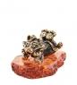 AM-1490 Фигурка  Кошечка мечтательница   латунь, янтарь