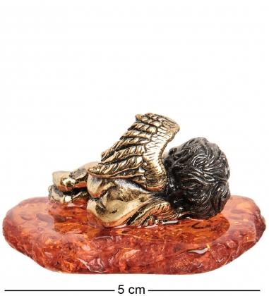 AM-1542 Фигурка  Ангелочек спящий   латунь, янтарь