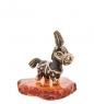 AM-1580 Фигурка  Пони с пером   латунь, янтарь