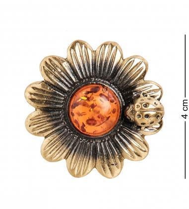 AM-1626 Брошь  Ромашка с божьей коровкой   латунь, янтарь
