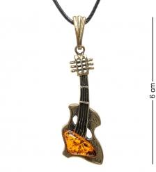 AM-1719 Подвеска «Гитара»  латунь, янтарь