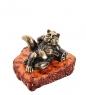 AM-1754 Фигурка  Кот Барин   латунь, янтарь