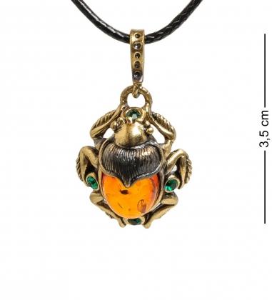AM-1468 Подвеска  Жук-Скарабей со стразами   латунь, янтарь