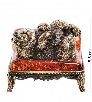 AM-1792 Фигурка  Кот на диване   латунь, янтарь