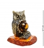 AM-1798 Фигурка  Птица Филин на пне   латунь, янтарь