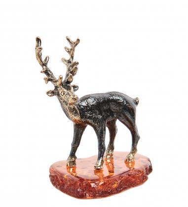 AM-1811 Фигурка  Олень   латунь, янтарь