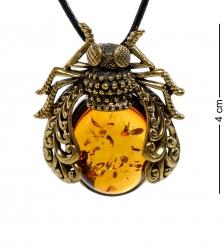 AM-1919 Подвеска Муха  латунь, янтарь