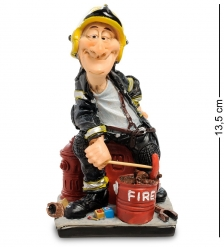 RV-960 Статуэтка «Пожарный»  W.Stratford